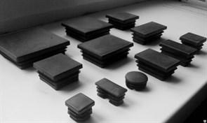 Заглушка пластик квадратная 80*60 внутренняя,черная А150081