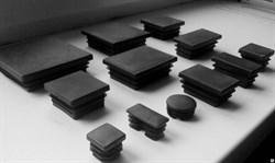 Заглушка пластик квадратная 80*60 внутренняя,черная А150081 - фото 24789