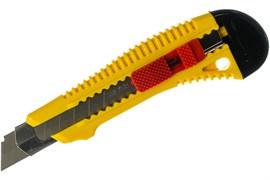 Нож пластмассовый STAYER MASTER, усиленный, с сегментированным лезвием, 18мм